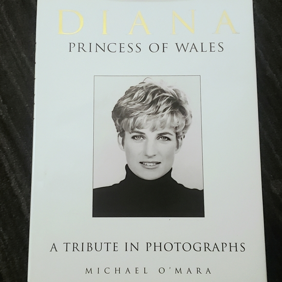Other - DIANA PRINCESS OF WALES Coffee Table Book